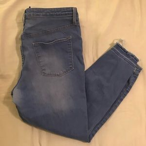 Mossimo cropped jeans
